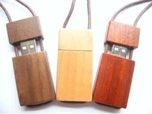 pen drive usb legno personalizzate con stampa a colori
