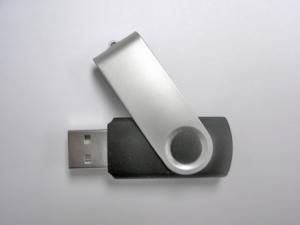 chiavi pen drive USB personalizzate in metallo